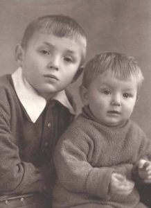 Алик и Толик. Наманган. 1958 год.